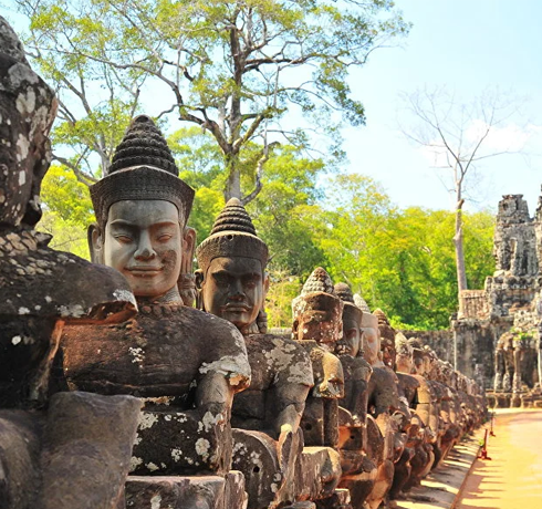 Du nord Vietnam au Temple Angkor wat